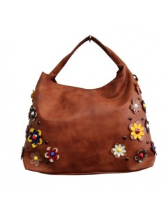 Eco-leather bag, Camel color, is an incredible handmade piece.