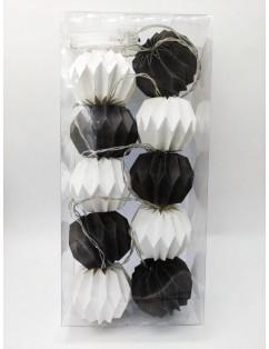 Luminous garland Black and white